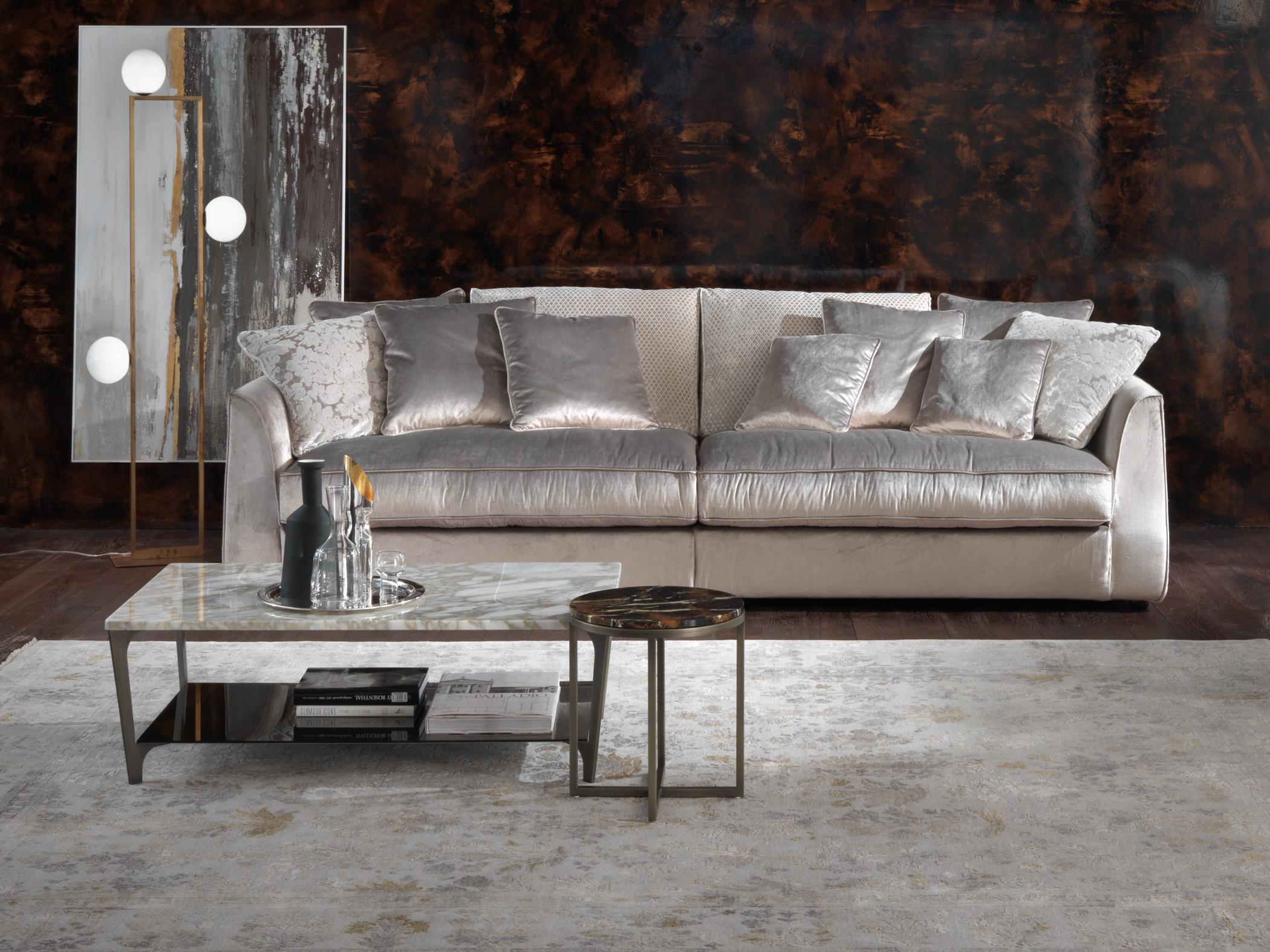 Beautiful divani di lusso gallery for Divani velluto moderno