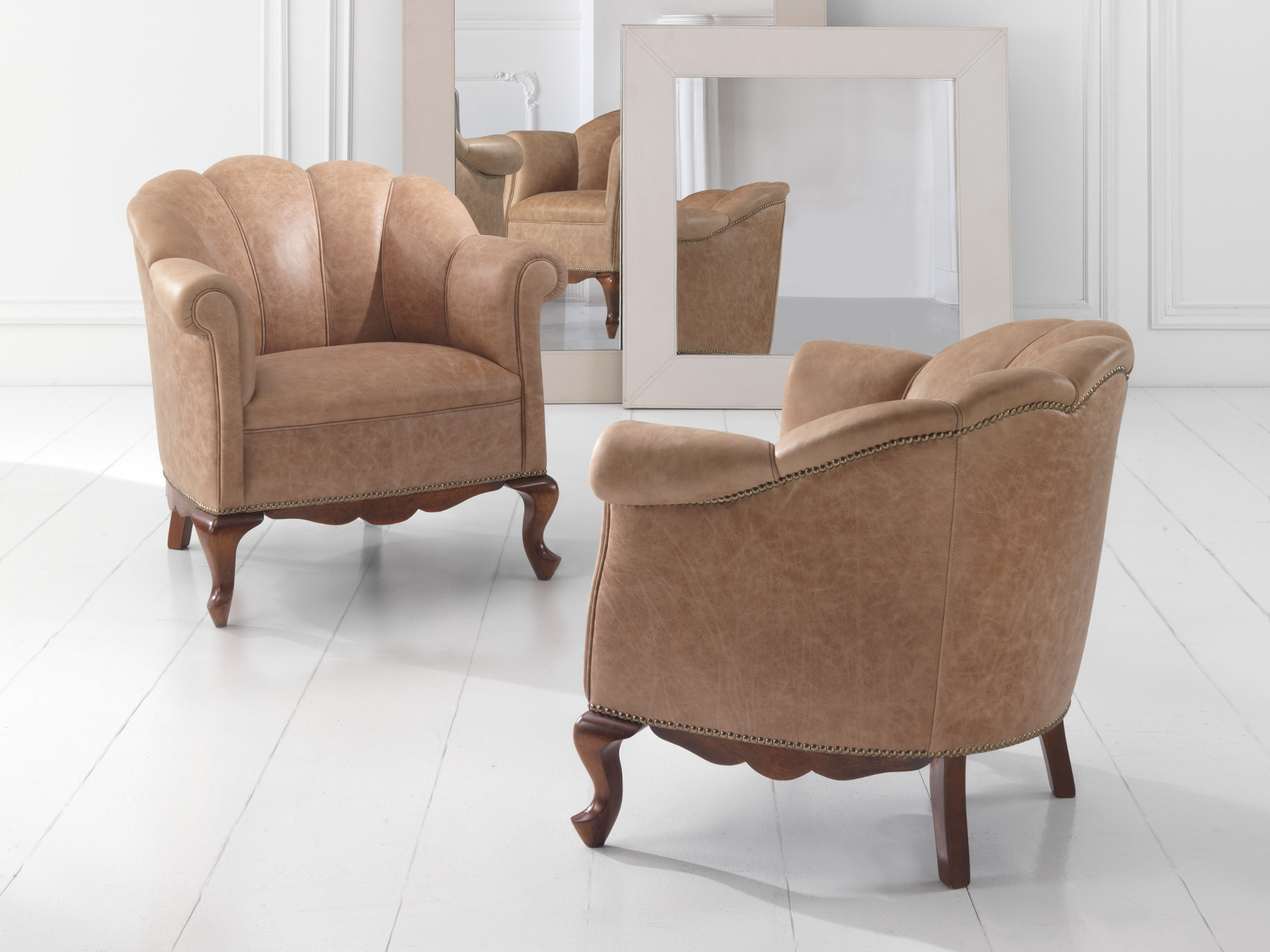 Poltrone luxury marelli outlet for Outlet poltrone